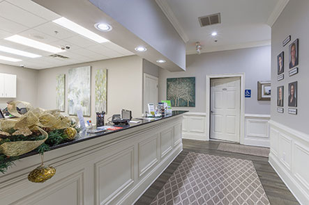 Office interior at Reich Dental Center – Roswell in Roswell, GA.