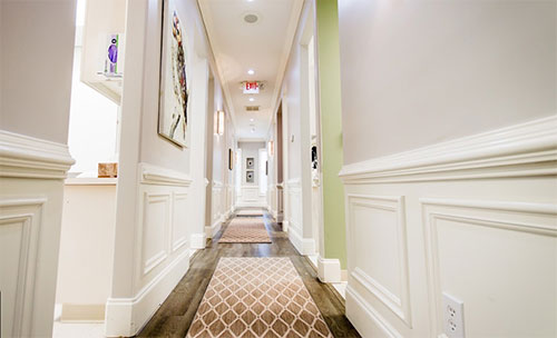 hallway of Reich Dental Center – Roswell